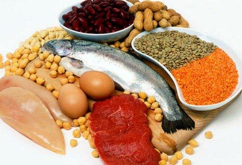 Беременной женщине следует обязательно потреблять белковую пищу