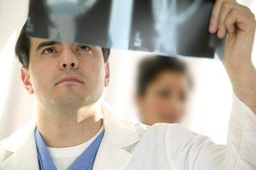 Ситуация компрессионного перелома грудного отдела позвоночника