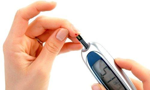 Повышенное содержание инсулина в крови - симптом поликистозных яичников