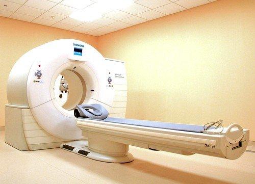 компьютерная томография или МРТ