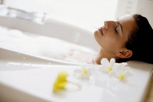 После биопсии шейки матки запрещено принимать ванну