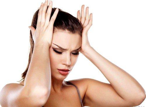 Наиболее дискомфортным заболеванием, которое сопровождается стреляющими, резкими болями в голове, является невралгия затылочного нерва