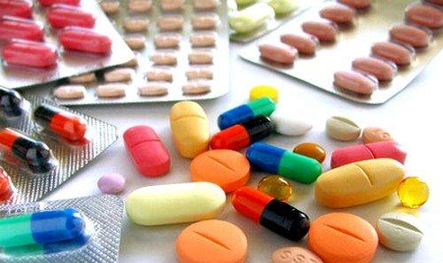 применение медицинских препаратов - традиционный способ лечения