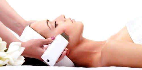 Наибольшей мощностью и оперативностью удаления волос обладает александритовый лазер