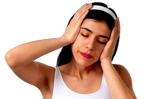 Резкие изменения положения тела вызывают головокружение и тошноту