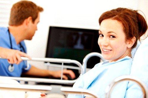 В зависимости от степени заболевания, врачи подбирают наиболее оптимальный способ лечения