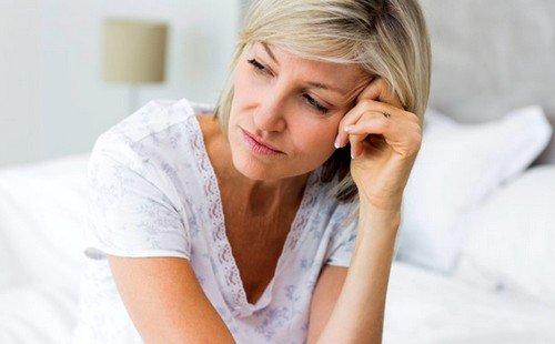 Ранним климаксом называется процесс проявления симптомов менопаузы в возрасте до сорока лет