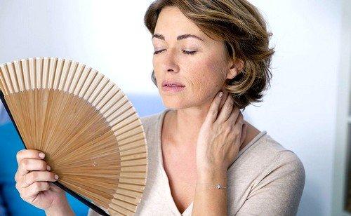 Постоянное ощущение жара, увеличение потливости