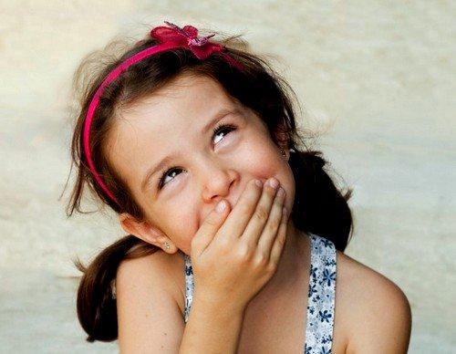 Девочка должна осознавать, что она будущая мама и задача родителей - способствовать и всячески содействовать развитию здорового образа жизни ребёнка