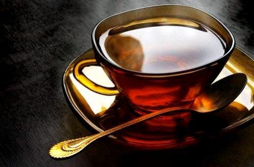 Диета при язве ДПК запрещает употреблять крепкий чай, кофе