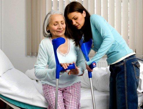 Отсутствие движения в процессе жизнедеятельности может спровоцировать остеопороз