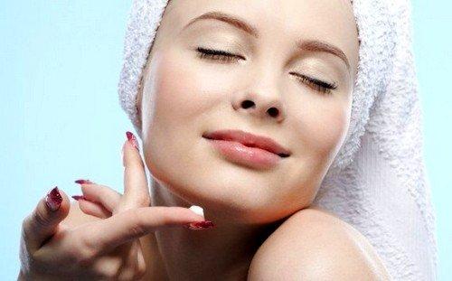 Врачи не советуют использовать гормональные препараты для борьбы со старением кожи
