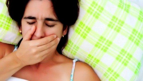 Привести к появлению данного симптома могут болезни ротовой полости