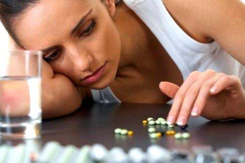 Основу лечения реактивного артрита составляет применение антибактериальной и противовоспалительной терапии