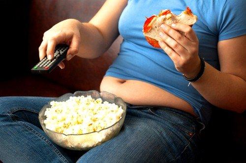 Неправильное питание с переизбытком жиров и углеводов в комплексе с малоподвижным образом жизни и отсутствием физических нагрузок являются главным фактором вызывающим метаболический синдром