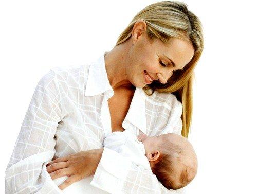 критические дни возвращаются после момента, как прекращается лактация, то есть мама перестает кормить грудью малыша.