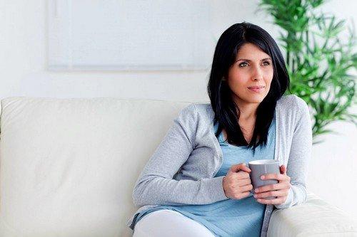 Повышенная нагрузка на органы желудочно-кишечного тракта может быть причиной диареи при беременности