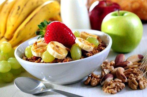 На диете категорические запрещено употреблять продукты с высоким содержанием грубой клетчатки