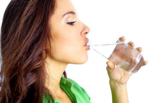 В первый день после появления диареи рекомендуется обильное питьё