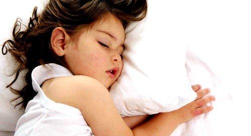 Скрип зубами во сне - возможный признак паразитов в организме