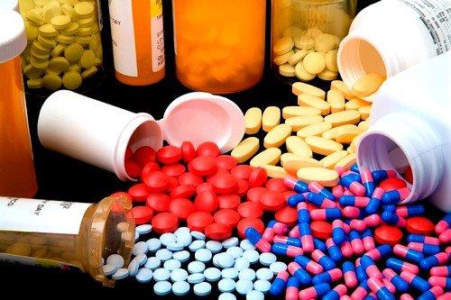 В медицинской практике спиртовой настой прополиса назначают при следующих острых и хронических заболеваниях в период обострения
