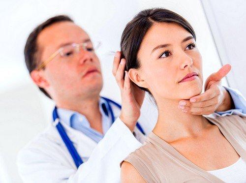 Если причина в остеохондрозе, то лечение направлено на замедление дегенеративно-дистрофических процессов в хрящевой ткани
