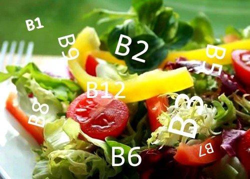 Витамины группы В (гречка, капуста, мясо, апельсиновый сок), железо (говядина), селен и цинк (рыба, морепродукты) являются неотъемлемыми компонентами питания