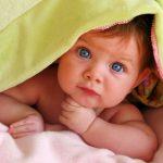 Икота или срыгивание у новорожденных