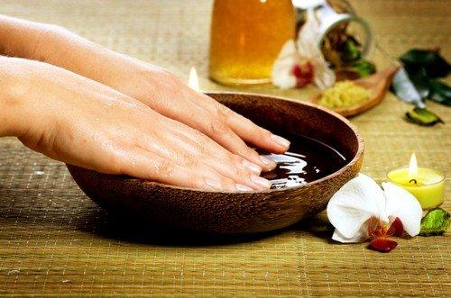 Устранить нагноение можно при помощи ванночки из эвкалипта