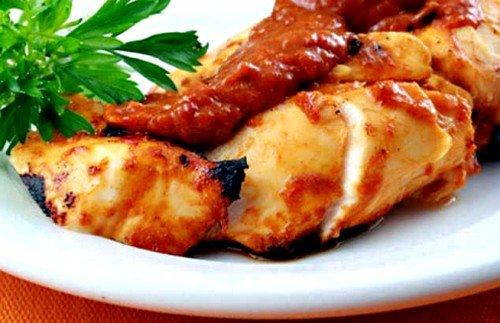 Разнообразить меню диеты для ускорения метаболизма можно с помощью специальных нежирных блюд