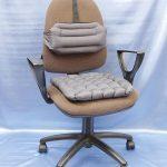 Ортопедическая подушка для офисного кресла