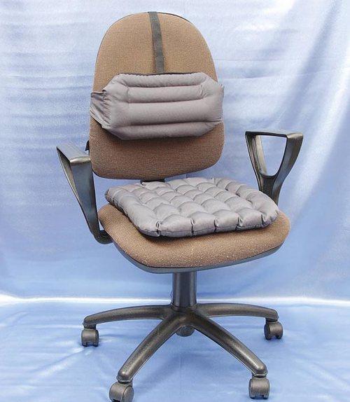 Выбор ортопедической подушки для сидения на стул фото