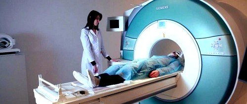 Чаще всего аппараты МРТ полностью закрыты, что является большой проблемой для пациентов с клаустрофобией