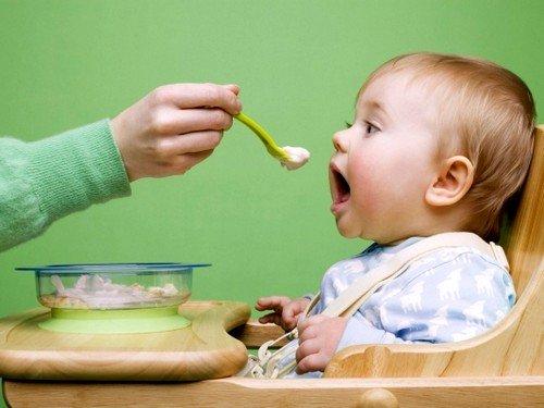 Срок первого прикорма ребенка при грудном вскармливании является индивидуальной характеристикой