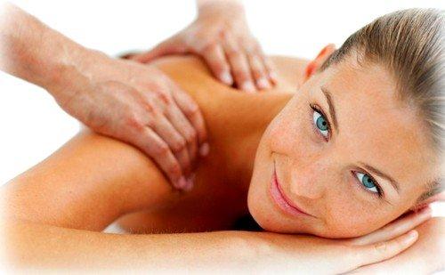 Лечение шума в голове при шейном остеохондрозе может включать мануальную терапию, сеансы электрофореза и прием медикаментов