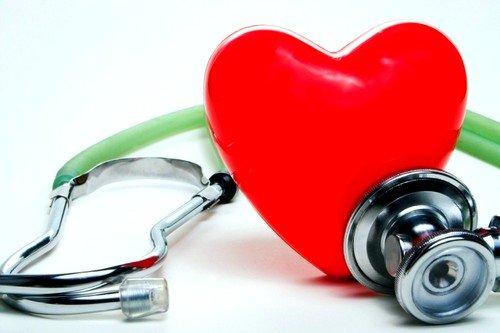Использование утягивающего бандажа противопоказано при сердечно-сосудистых патологиях