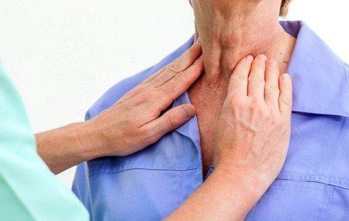 Аутоиммунный тиреоидит (Болезнь Хашимото) - редкий нейроэндокринный синдром, при котором организм начинает вырабатывать специфические антитела, уничтожающие клетки щитовидной железы