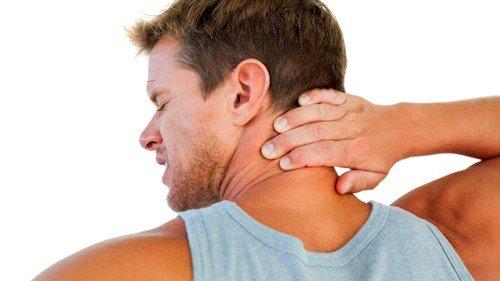 Что делать, если болит шея при повороте головы фото