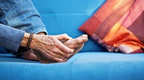 Заболевания внутренних органов также могут проявляться отеками