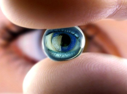 Коррекция зрения при данном синдроме проводится посредством подбора контактных линз или очков для зрения