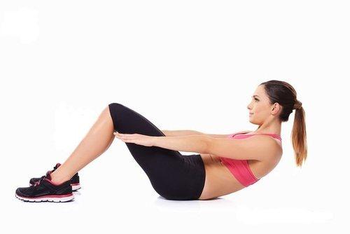 Упражнение в положении лежа на спине