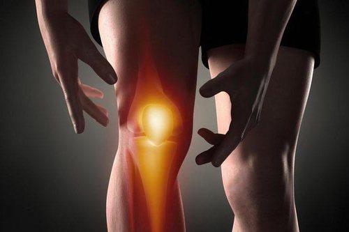 Причины и лечение хруста и болей в колене при сгибании и разгибании фото