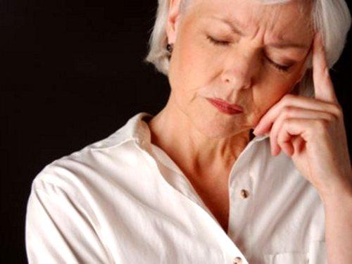 Главная причина патологических процессов в межпозвоночных дисках – это изменения возрастного характера