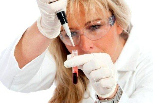 Прогноз фертильности у женщин определяется путём оценки количественного состава яйцеклеток и гормонального уровня