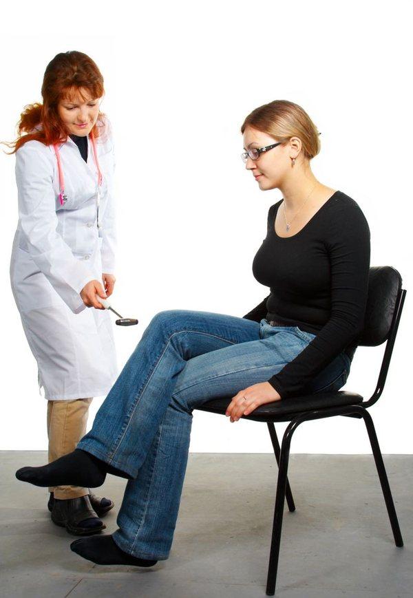 Боль только в одной ступне может говорить о неврологическом заболевании