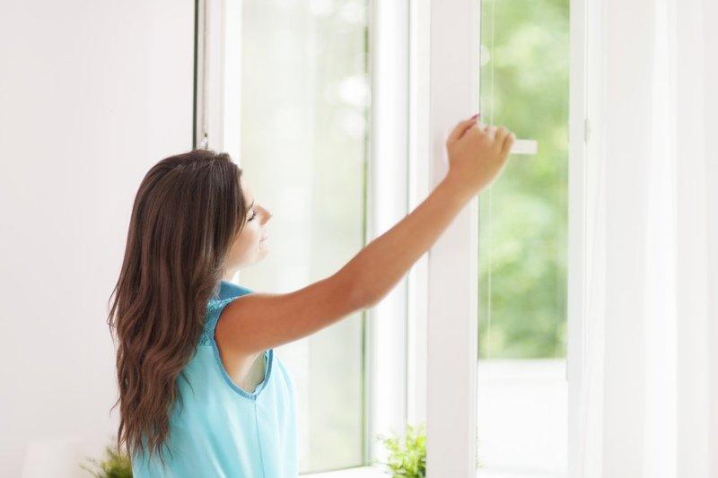 Проветривание помещения, как и соблюдение правил личной гигиены, при ветрянке играет очень важную роль