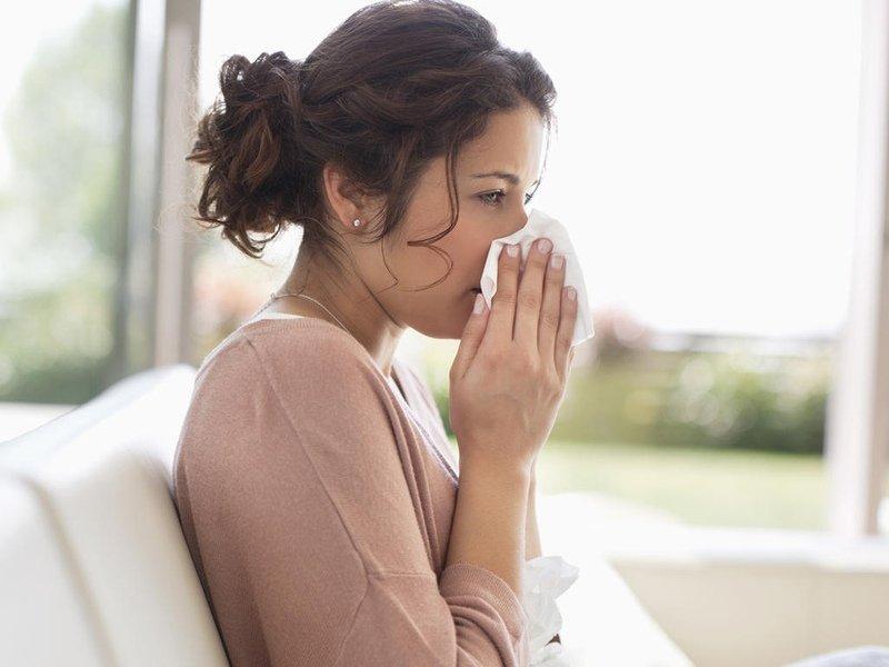 Фенистил эффективно помогает при аллергии (сенная лихорадка, диатез, отёк Квинке, крапивница)