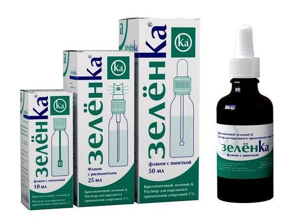Зеленка - распространенный препарат, используемый при обработке высыпаний при ветрянке