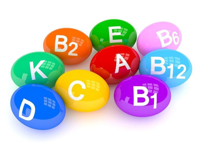 Дополнительно врачи назначают общеукрепляющие препараты, содержащие витамины А, С, Е, РР, группы В
