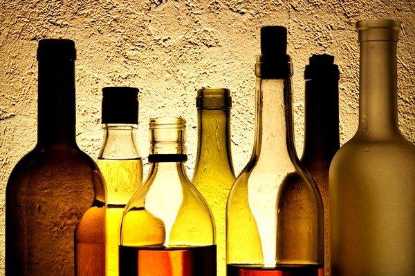 Единственной причиной, по которой распитие спиртных напитков может отразиться на организме подобно аллергии, может быть неправильное производство этого алкоголя